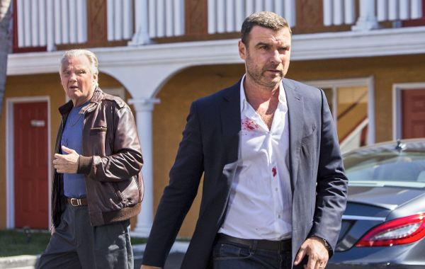 Showtime Renews 'Ray Donovan' For Season Five 7