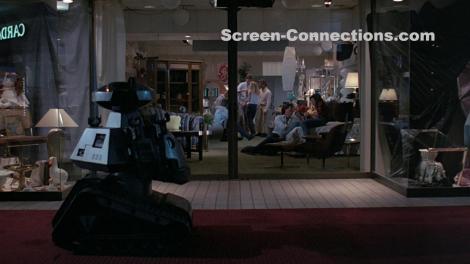 chopping-mall-vestron-video-cs-blu-ray-image-02