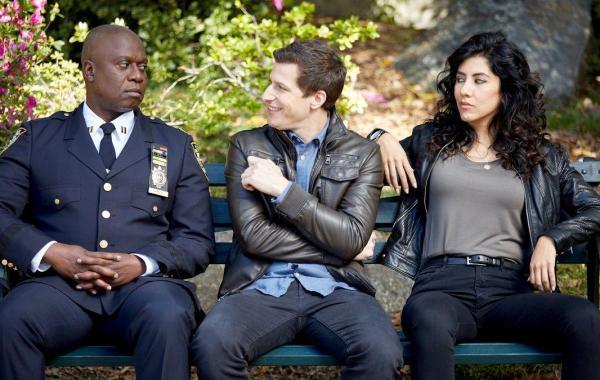 Fox Renews 'Brooklyn Nine-Nine' & 'The Exorcist' For 2017-18 31