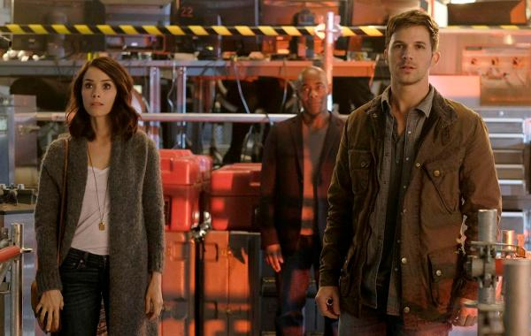 'Timeless' Un-Canceled By NBC; Series Renewed For Shortened Second Season 25