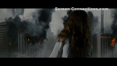 [Blu-Ray Review] 'Colossal': Now Available On Blu-ray, DVD & Digital From Universal 17
