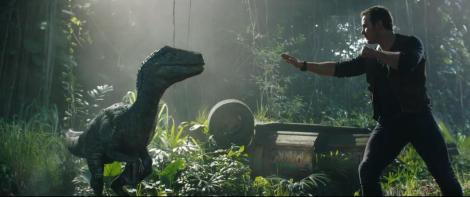 The First 'Jurassic World: Fallen Kingdom' Trailer Is Here To Devour You 1