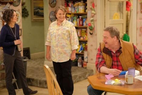 ABC Renews 'Roseanne' Revival For Season 2 (Or Season 11 Overall) 4