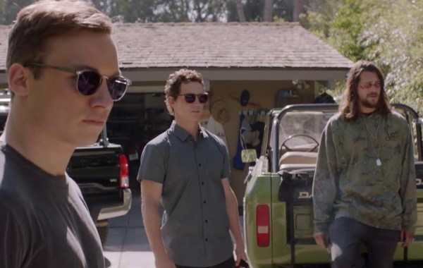 The Cody Family Returns In The Official Trailer & Poster For Season 3 of TNT's 'Animal Kingdom' 1