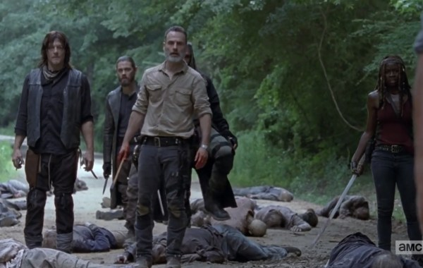 It's A Whole New World In The Official Comic-Con Trailer For 'The Walking Dead' Season 9 35