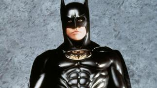 batman-forever-nipples-batsuit-val-kilmer