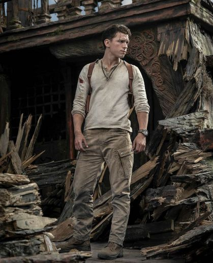 tom-holland-uncharted first look