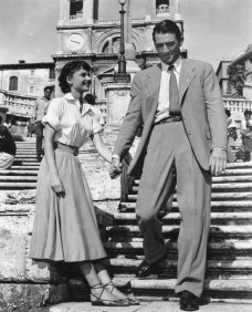 Audrey-Hepburn-Roman-Holiday-Gregory-Peck-William