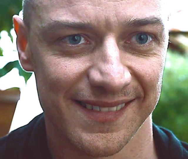 Review In Split M Night Channels His Best Uncanny Work Through James Mcavoy