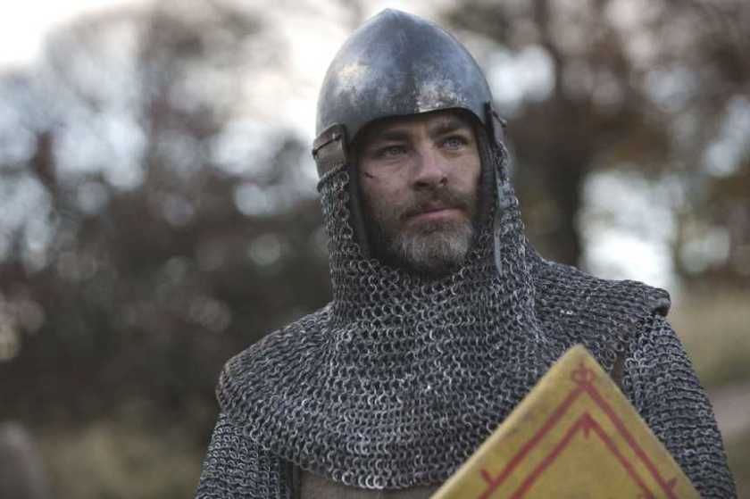 OUTLAW KING: Chris Pine is Robert The Bruce in Trailer For TIFF Opening Night Film