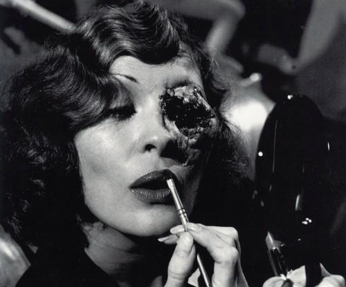 Faye-Dunaway-Oscars-Chinatown-eye