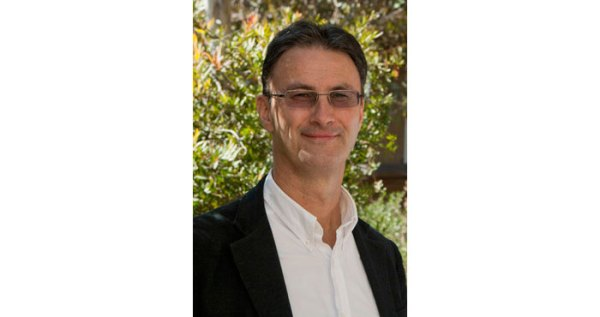 Speaker Announcement: Professor Matthew Ricketson
