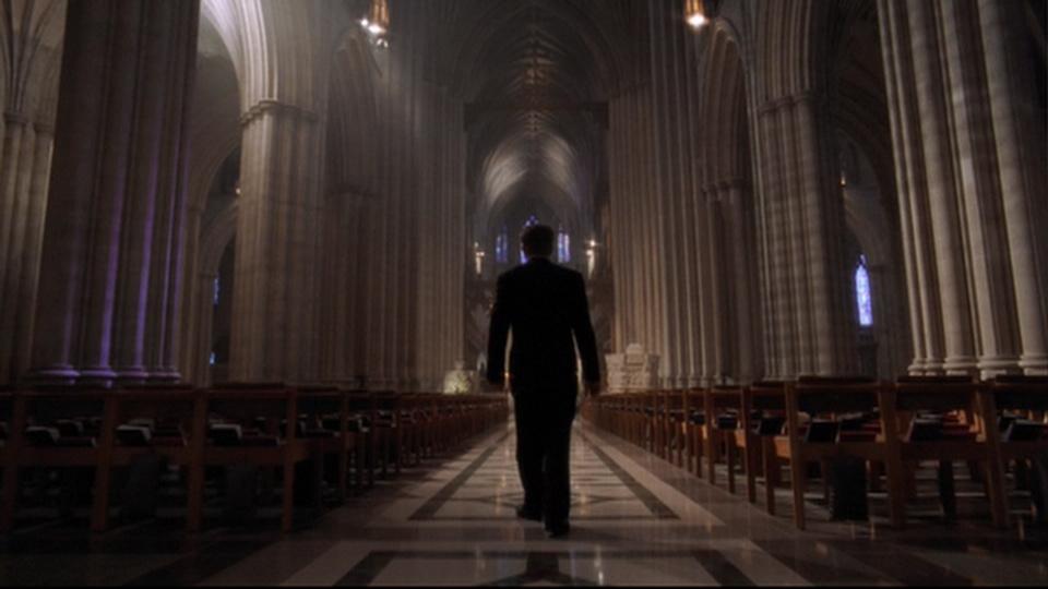 Bartlet dans une cathédrale