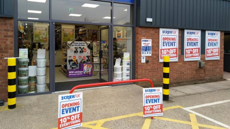 Cranleigh celebrates new Screwfix store opening