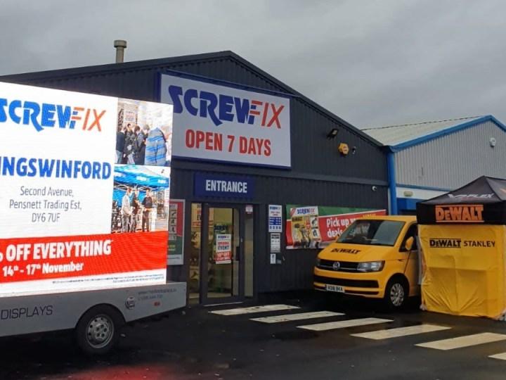 Kingswinford celebrates new Screwfix store opening