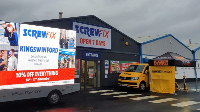 Kingswinford celebrates new Screwfix store opening