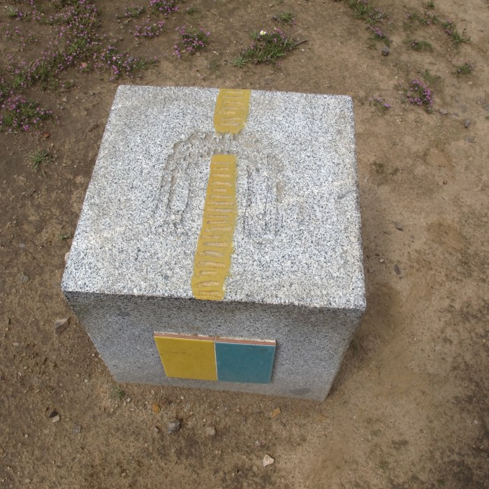 This marker stone was for the Ruta de la Plata route - wen saw cyclists, and it's for hikers too.