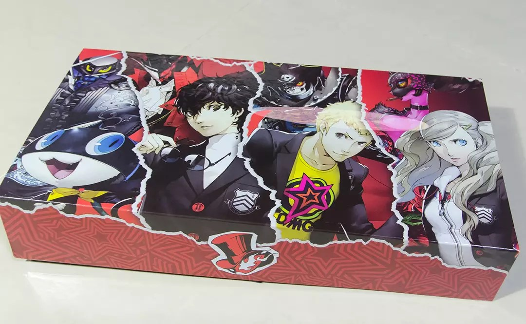 Inner box design of Persona 5 Take Your Heart Edition