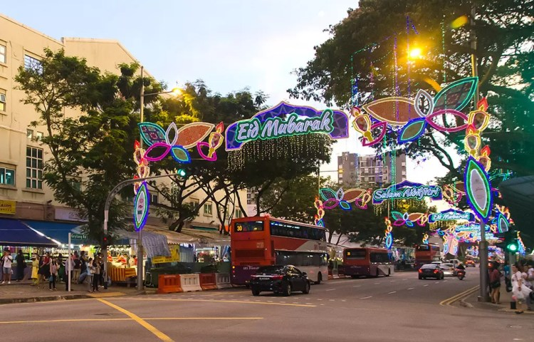 Joo Chiat Road junction during Geylang Serai Bazaar and light-up 2017