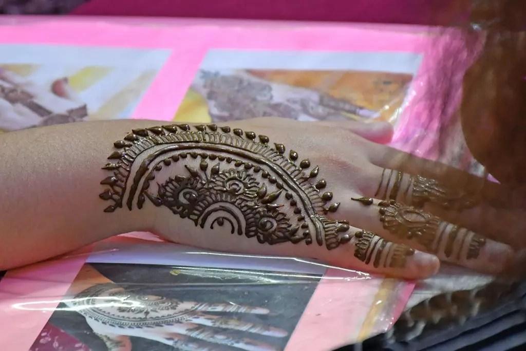 Henna Painting at Little India Deepavali Festive Light-Up 2017