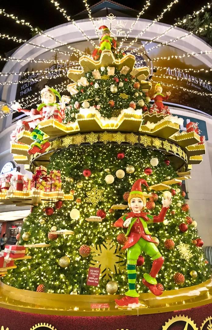 Tanglin Mall Christmas Light-Up 2017.
