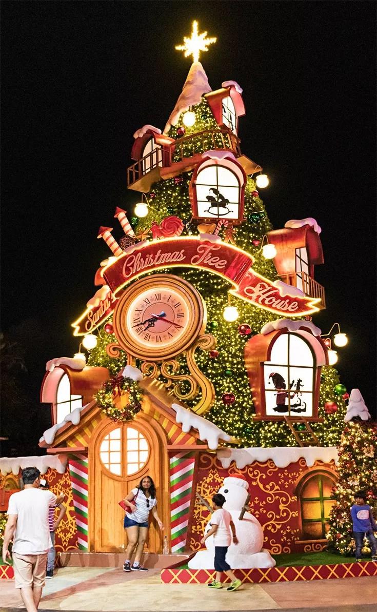 A Universal Christmas 2017 - Christmas Tree House