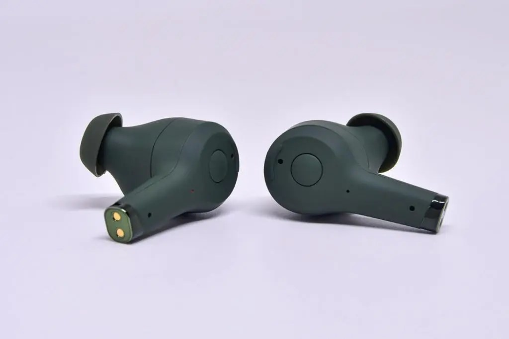 Sudio Ett Wireless Earbuds Close-Up