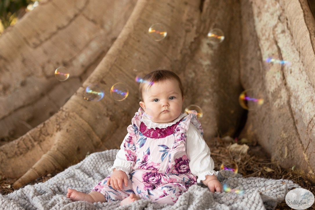 Wollongong outdoor baby photographer