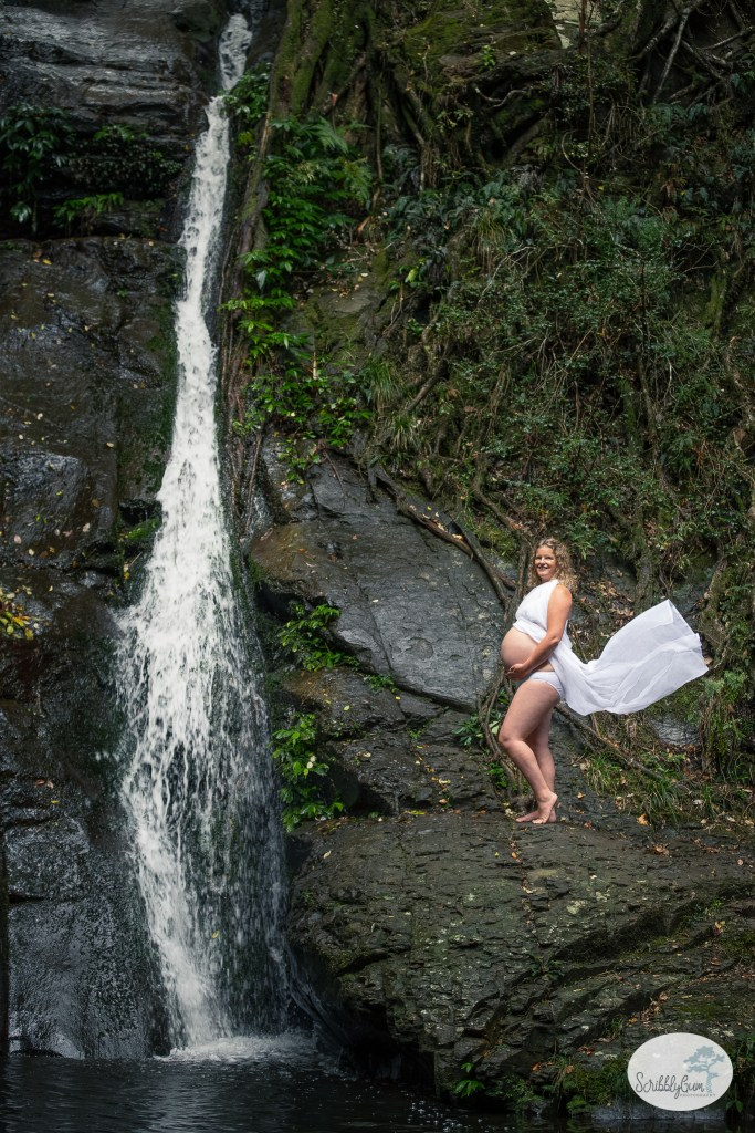 Professional Maternity Photoshoot outdoor waterfall