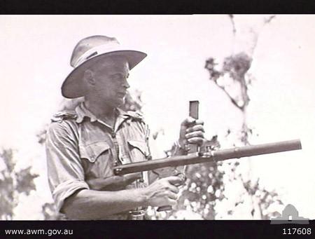 Owen Gun avec un silencieux