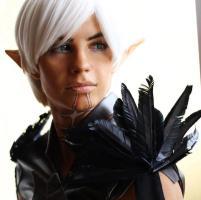 fenris__dragon_age_ii___a_beautiful_mess_by_sweetnsoursam-d5b9wnh