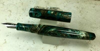 Custom Pen in a Naka-ai Style with an Iguana on the clip
