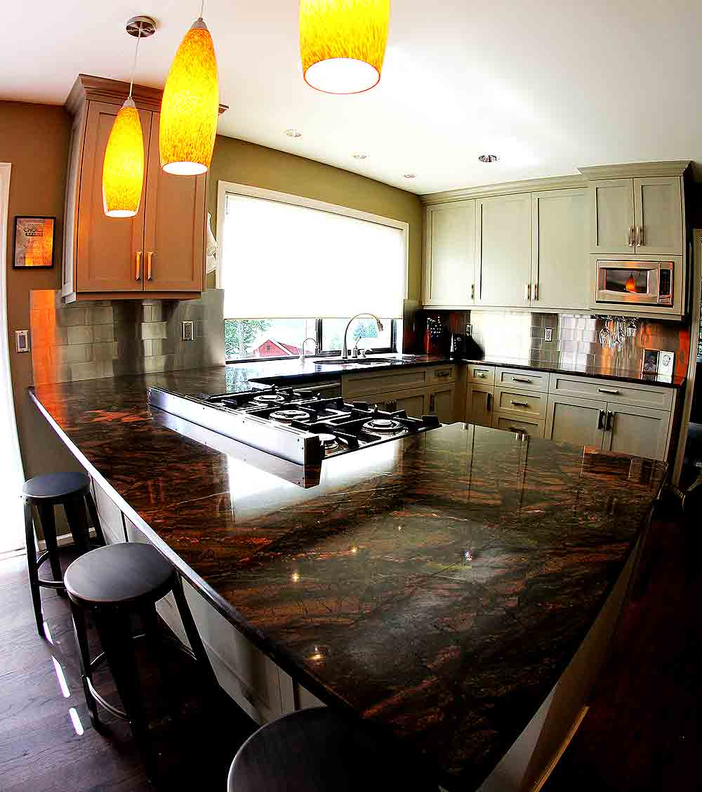 Examples of Our Work - Scrivanich Natural Stone on Backsplash With Dark Granite  id=85025