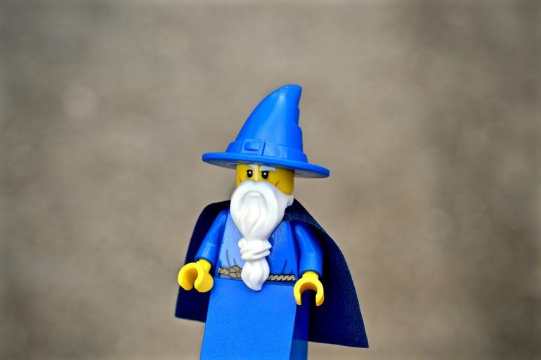 wizard_sorcerer_lego_action