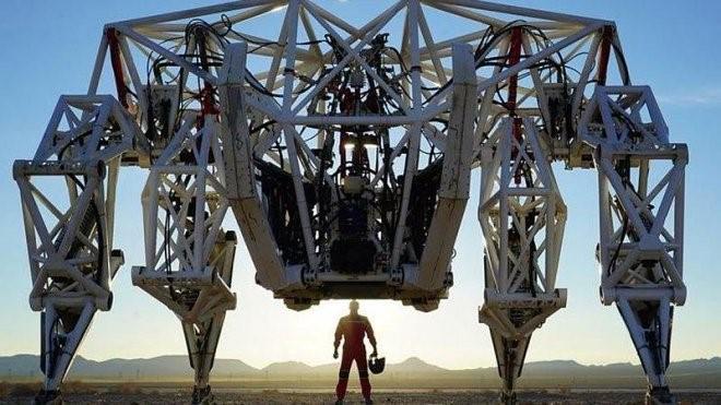 Furrion Exo Bionics ქმნის სპორტის ახალ სახეობას რბოლა ეგზოჩონჩხებით