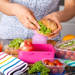 Easy meal planning tips to avoid eating out
