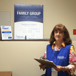 Patient turned volunteer brings joy to ICU