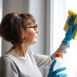 How to thoroughly clean and disinfect your home