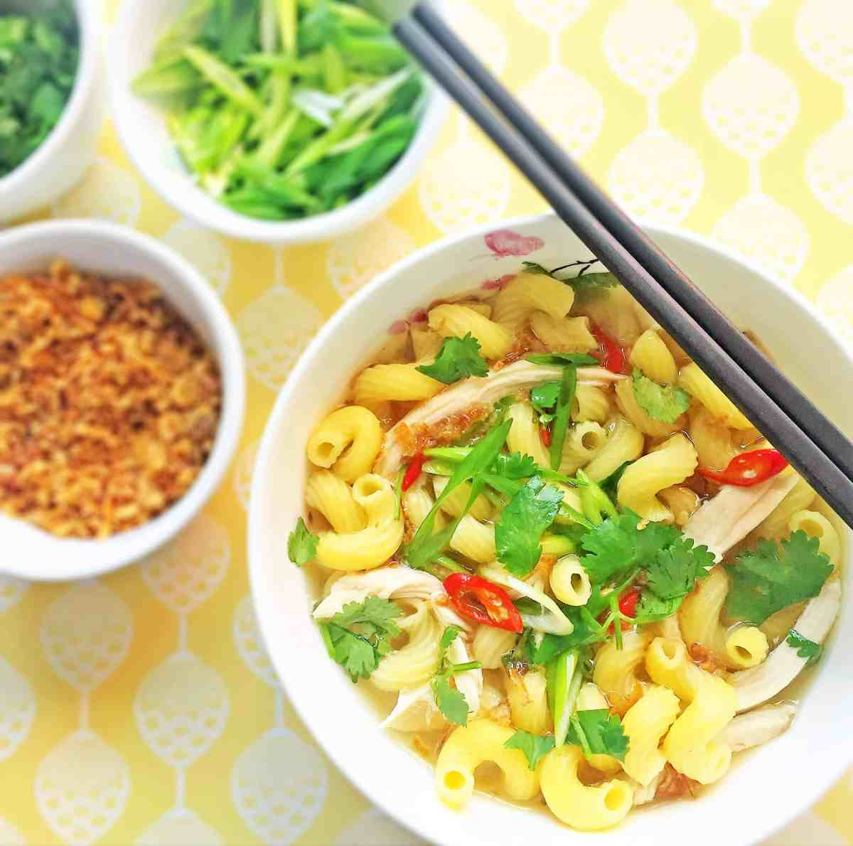 Vietnamese Chicken Soup with Pasta - Sup Nui Ga