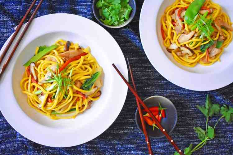 Easy Chicken and Hokkien Noodle Stir Fry