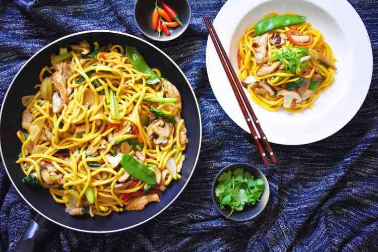 Easy Chicken and Hokkien Noodle Stir Fry