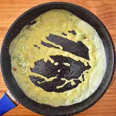 Vietnamese Crispy Crepes - Banh Xeo 10.1
