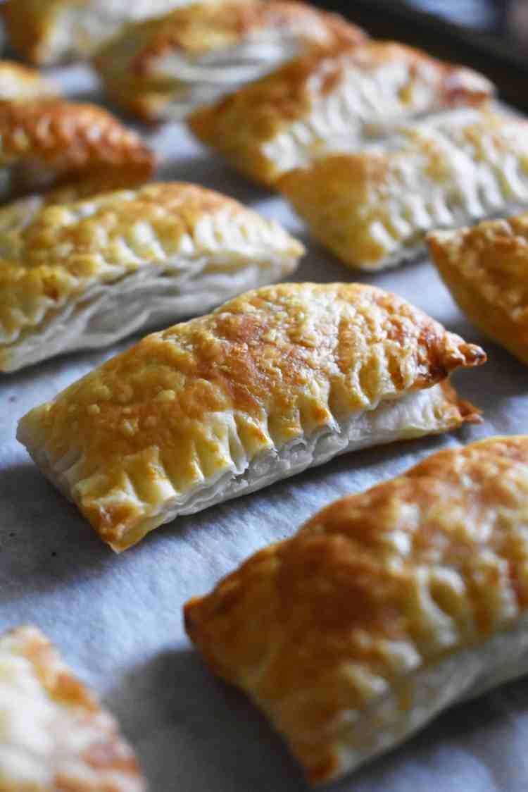 Oven Baked Vegan Curry Puffs