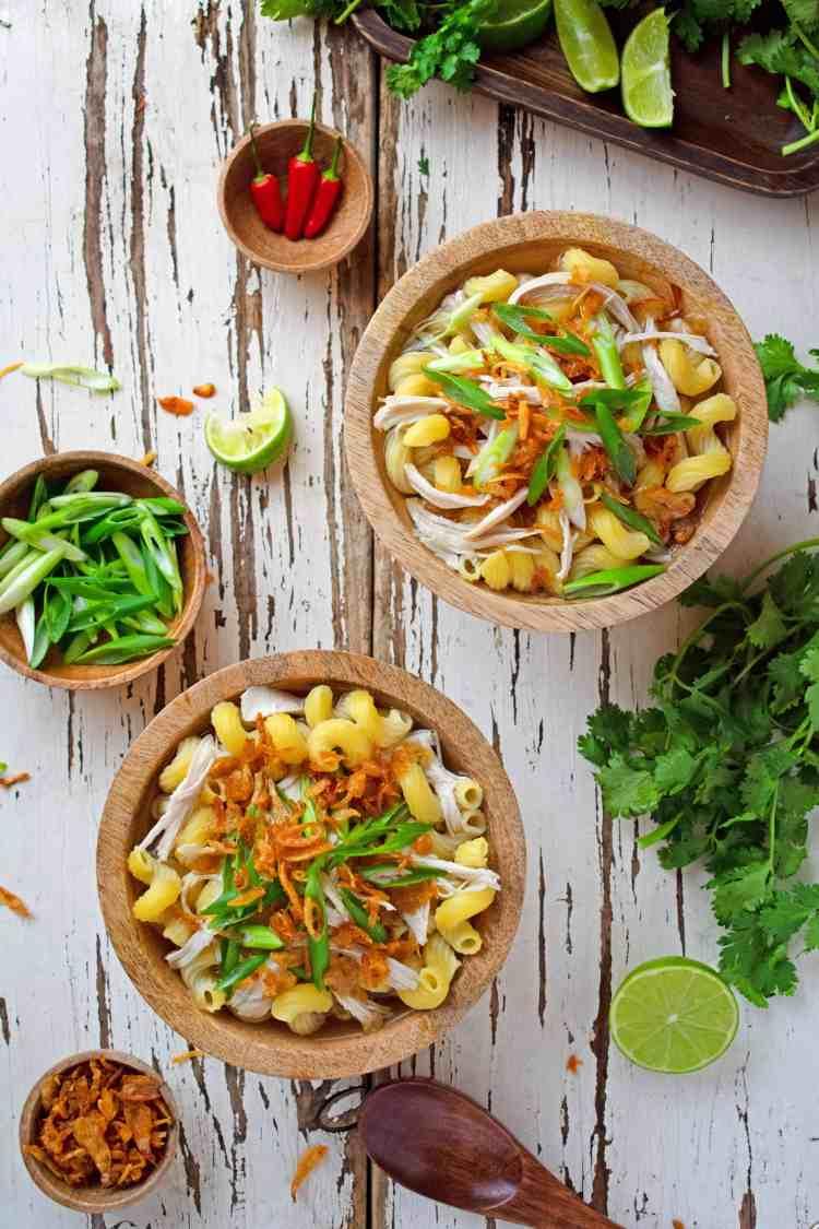 Vietnamese Chicken Pasta Soup