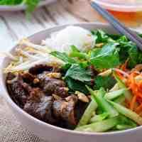 Vietnamese Beef Noodle Bowls (Bun Bo Xao)
