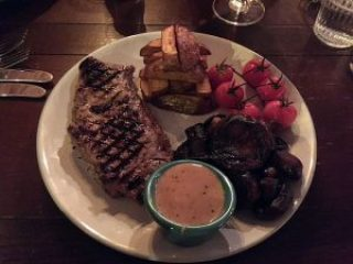 Grilled 8oz steak, Barrelhouse, Edinburgh.