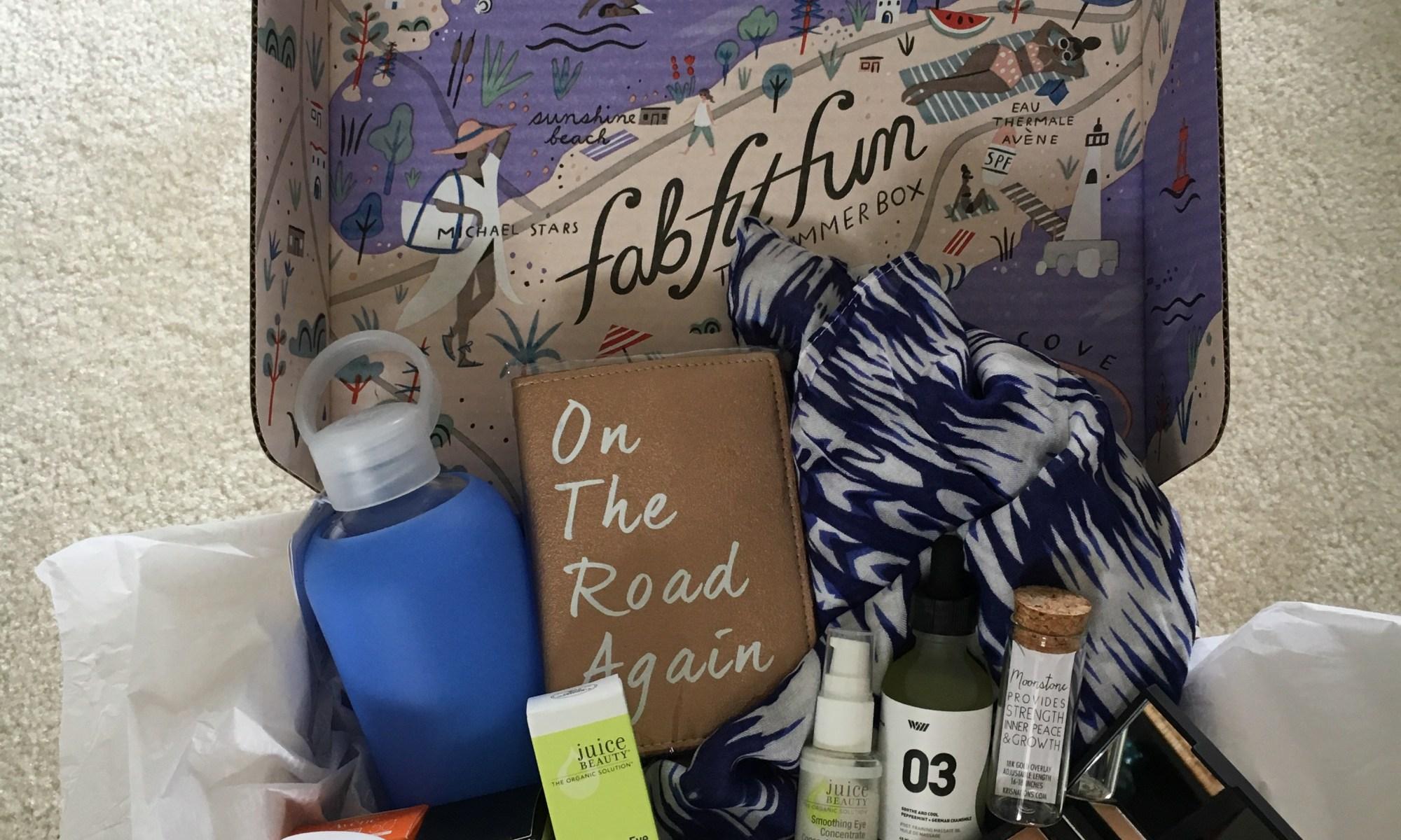 what's inside the FabFitFun summer box
