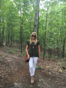 How to Style White Jeans for Fall - A Summer to Fall Transition