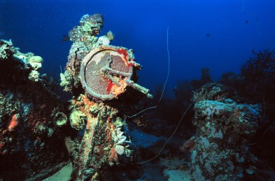 The Yamagiri Maru was sunk by a torpedo in Chuuk Lagoon. © Bonnie Pelnar, Under Watercolours