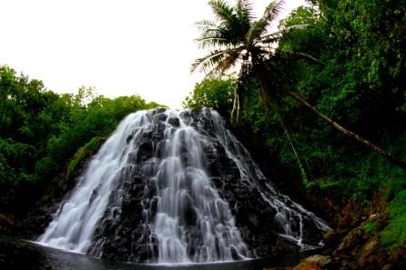 Kepirohi waterfall on Pohnpei © Richard Kotch, Pohnpei Surf Club